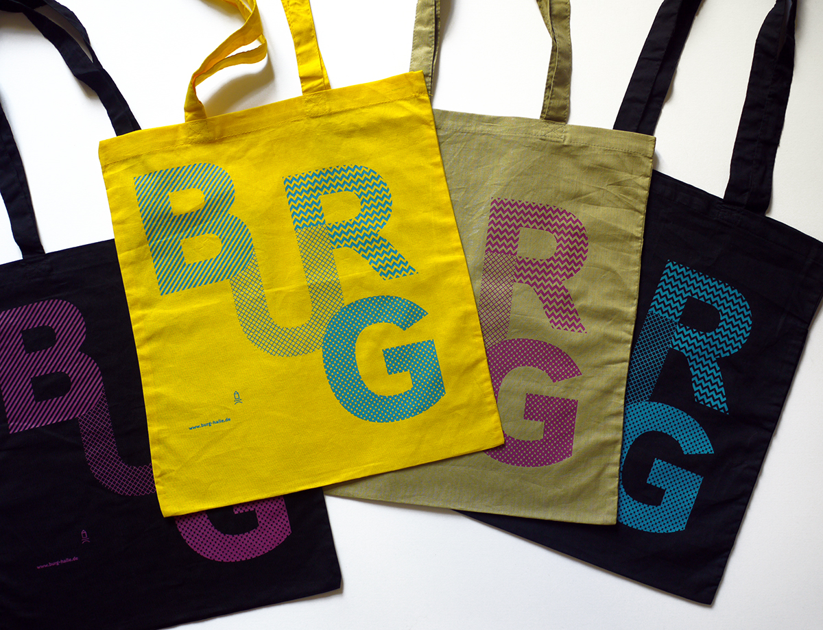 Tote bags from the visual identity of Burg Giebichenstein University of Art and Design Halle Andrea Tinnes